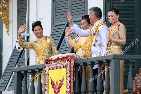 Sirivannavari Nariratana, Dipangkorn Rasmijoti, Bajrakitiyabha, Maha Vajiralongkorn, Suthida. Thailand's royal family from left; Princess Sirivannavari Nariratana, daughter, Prince Dipangkorn Rasmijoti, son, Princess Bajrakitiyabha, daughter, King Maha Vajiralongkorn and Queen Suthida wave to an audience from the balcony of Suddhaisavarya Prasad Hall in the Grand Palace during the coronation ceremony, in Bangkok, Thailand. Vajiralongkorn was officially crowned amid the splendor of the country's Grand Palace, taking the central role in an elaborate centuries-old royal ceremony that was last held almost seven decades ago