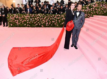 "Bee Shaffer, Francesco Carrozzini. Bee Shaffer, left, and Francesco Carrozzini attend The Metropolitan Museum of Art's Costume Institute benefit gala celebrating the opening of the ""Camp: Notes on Fashion"" exhibition, in New York"