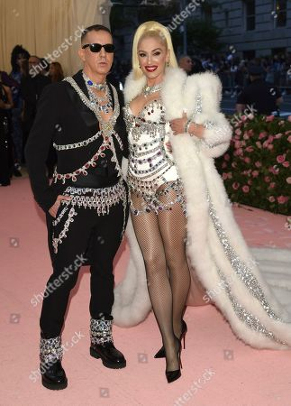 "Jeremy Scott, Gwen Stefani. Designer Jeremy Scott, left, and Gwen Stefani attend The Metropolitan Museum of Art's Costume Institute benefit gala celebrating the opening of the ""Camp: Notes on Fashion"" exhibition, in New York"