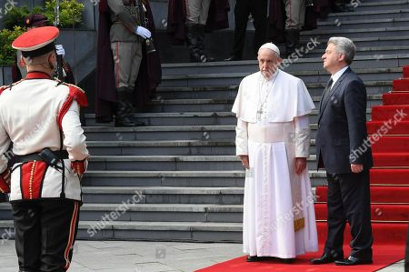 Pope Francis (2-R) is welcomed by North Macedonia President Gjorge Ivanov in the courtyard of the presidential palace in Skopje, North Macedonia, 07 May 2019. Pope Francis is visiting Bulgaria and North Macedonia from 05 to 07 May; his 29th Apostolic Journey abroad.