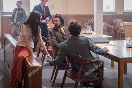 Lily Collins as Liz Kendall, Jeffrey Donovan as Utah Defense Attorney John O'Connell and Zac Efron as Ted Bundy