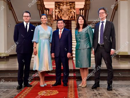 Stock Picture of Prince Daniel, Crown Princess Victoria, Mayor Nguyen Thanh Phong, MInister for Foreign Trade Ann Linde and Sweden's Ambassador to Vietnam Pereric Hogberg in Ho Chi Minh City, Vietnam