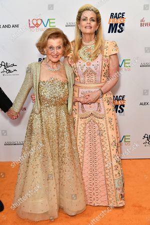 Barbara Davis and Nancy Davis