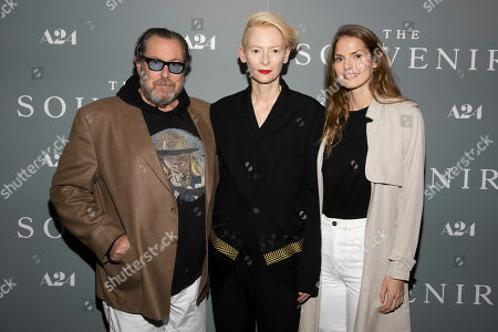 "Julian Schnabel, Tilda Swinton, Louise Kugelberg. Julian Schnabel, from left, Tilda Swinton and Louise Kugelberg attend a special screening of ""The Souvenir"" at the Crosby Street Hotel, in New York"