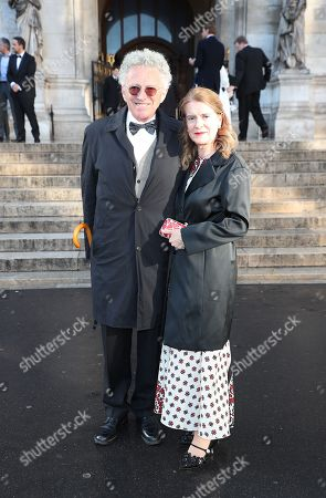 Stock Photo of Nelson Monfort and his wife