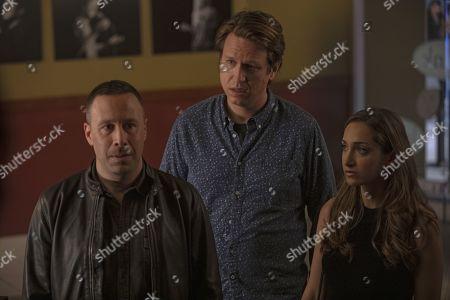Dov Davidoff as Jason, Pete Holmes as Pete Holmes and Jamie Lee as Ali Reissen