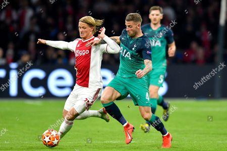 Kasper Dolberg of Ajax and Toby Alderweireld of Tottenham Hotspur