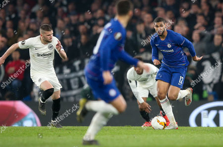 Ruben Loftus-Cheek of Chelsea breaks