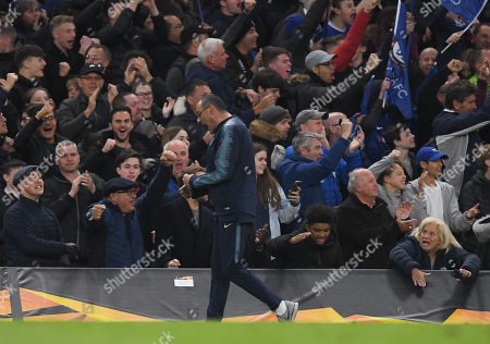 Chelsea Manager Maurizio Sarri celebrates the goal of Ruben Loftus-Cheek of Chelsea, 1-0
