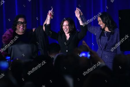 United States Senator Kamala Harris (C), Sun-Reporter's publisher, Amelia Ashley-Ward (L) and San Francisco Mayor London Breed (R) are introduced at the start of the Sun-Reporter's 75 year Anniversary Gala in San Francisco, California, USA, 09 May 2019. The theme of this year's Sun-Reporter gala is 'Truth Marching On'. Harris is campaigning for the 2020 Democratic nomination for the United States President.