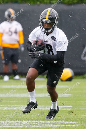 Stock Photo of Pittsburgh Steelers wide receiver Dontae Johnson (18) during NFL football practice, in Pittsburgh