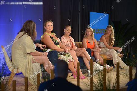 Katie Sturino, Hunter McGrady, Jasmine Sanders, Paige Van Zant, Kate Bock