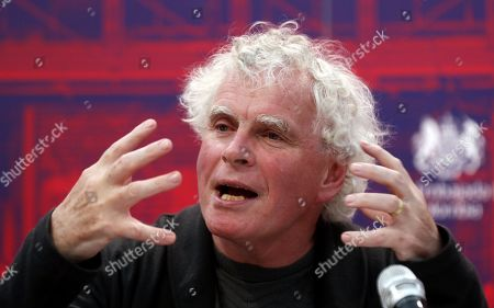 London Symphony Orchestra Director Simon Rattle speaks at a press conference in Bogota, Colombia, 10 May 2019.