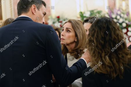 Spanish singer Ana Belen (C) greets acting Prime Minister Pedro Sanchez (L) at the funeral chapel of former Minister Alfredo Perez Rubalcaba in the Lower House in Madrid, Spain, 11 May 2019. Rubalcaba, former Minister of Defense and Interior as well as former deputy chairman of the Socialist Party (PSOE), died 10 May 2019, two days after he suffered a stroke. The funeral chapel will be open until 14.00 local time 11 May 2019, and a private funeral with family and friends will be held 12 may 2019.