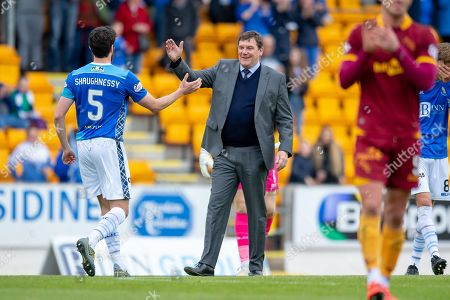 Tommy Wright, manager of St Johnstone FC congratulates Joe Shaughnessy (#5) of St Johnstone FC at the final whistle of the Ladbrokes Scottish Premiership match between St Johnstone and Motherwell at McDiarmid Stadium, Perth