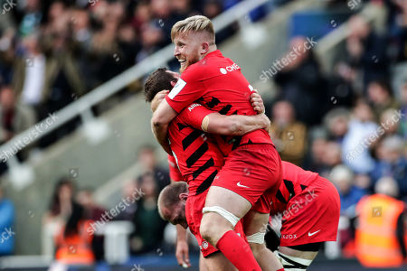 Leinster vs Saracens. Saracens' Alex Goode and Jackson Wray celebrate at the final whistle