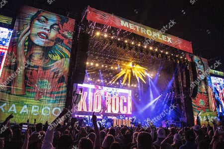 Kid Rock performs on stage at KAABOO Texas at AT&T Stadium, in Arlington, Texas