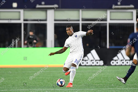 San Jose Earthquakes defender Harold Cummings (31) passes the ball during the MLS game between San Jose Earthquakes and the New England Revolution held at Gillette Stadium in Foxborough Massachusetts. Boston defeats San Jose 3-1