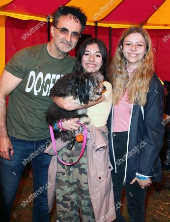 Noel Fitzpatrick with fans