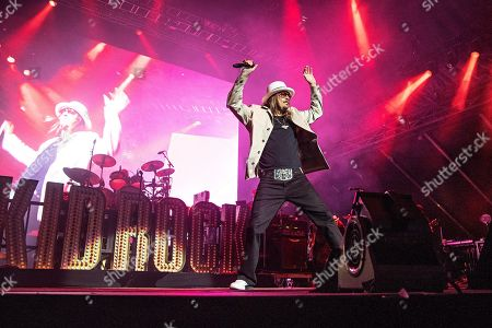 Kid Rock performs onstage at KAABOO Texas at AT&T Stadium, in Arlington, Texas