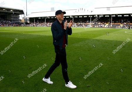 Andre Schurrle of Fulham during the lap of honour