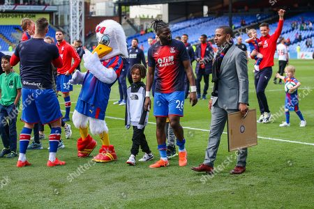 Crystal Palace forward Bakary Sako speaks with Crystal Palace midfielder Jason Puncheon (42) after the Premier League match between Crystal Palace and Bournemouth at Selhurst Park, London