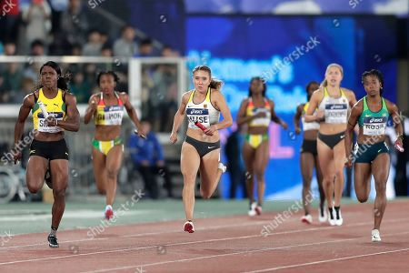 Rebekka Haase (C) of Germany and Jonielle Smith (L) of Jamaica compete in the Women's 4x100m Relay Final at the IAAF World Relays 2019 in Yokohama, south of Tokyo, Japan, 12 May 2019.