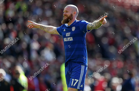 Aron Gunnarsson of Cardiff City thanks the fans for the last time.