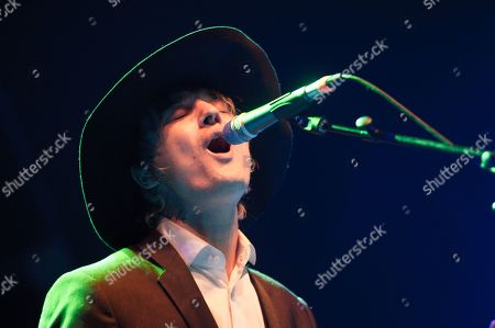 Pete Doherty and the Puta Madres