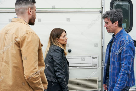 Ep 8489 Tuesday 28th May 2019 Debbie Dingle, as played by Charley Webb, meets Nate Robinson, as played by Jurrell Carter, and after a bumpy start manages to convince Cain Dingle, as played by Jeff Hordley, to let him pitch his caravan at the farm.