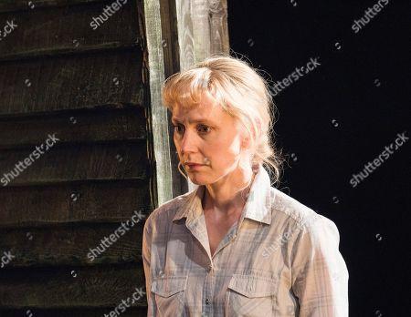 Hattie Morahan as Lady Torrance,