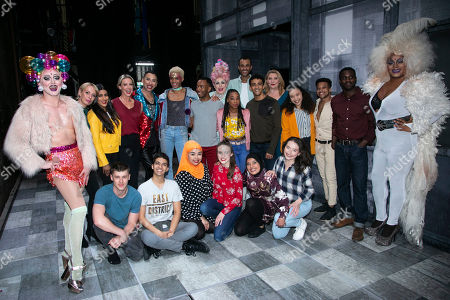 Faye Tozer (Miss Hedge), Bianca Del Rio (Hugo/Loco Chanelle), Layton Williams (Jamie) and members of the cast backstage