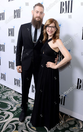 Lisa Loeb and guest