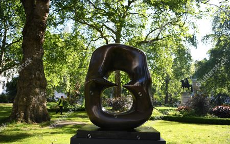 British artist Henry Moore's artwork 'Working Model for Oval with Points bronze with brown patina' (1986) during the 'Sculpture in the Square' art sale preview of Christie's auction house at St. James's Square in London, Britain, 15 May 2019. The sculpture is estimated to fetch 800,000 - 1.2 million euros at auction in London on 17 June.