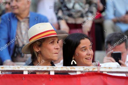 Spanish Princess Elena (L) and her daughter Victoria Federica de Marichalar y Borbon (R) attend the Feria de San Isidro at the Monumental de Las Ventas bullring in Madrid, Spain, 15 May 2019.
