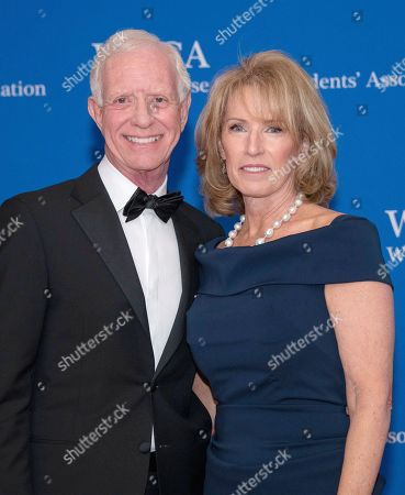 Chesley Sullenberger and his wife Lorrie Sullenberge