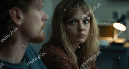 Jack O'Connell as Cameron Todd Willingham and Emily Meade as Stacy Willingham