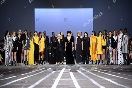 Australian designer Carla Zampatti (C-L) poses with models following her show during Mercedes-Benz Fashion Week Australia in Sydney, Australia, 16 May 2019. The fashion event runs from 12 to 17 May.