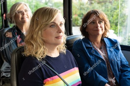 Paula Pell as Val, Amy Poehler as Abby and Rachel Dratch as Rebecca