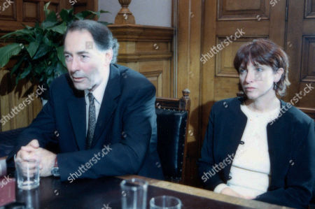 Stock Image of Ep 2758 Thursday 5th October 2000 The Sugdens custody hearing begins and it visibly seems inevitable that the family will be split up. With Jack Sugden, as played by Clive Hornby ; Sarah Sugden, as played by Alyson Spiro.