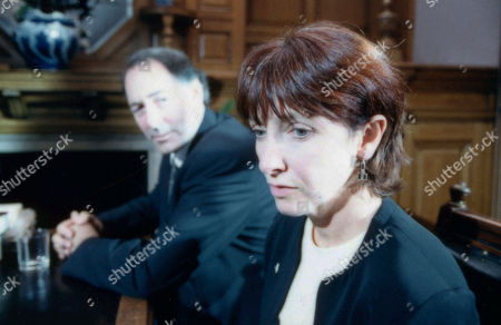 Stock Photo of Ep 2758 Thursday 5th October 2000 The Sugdens custody hearing begins and it visibly seems inevitable that the family will be split up. With Jack Sugden, as played by Clive Hornby ; Sarah Sugden, as played by Alyson Spiro.