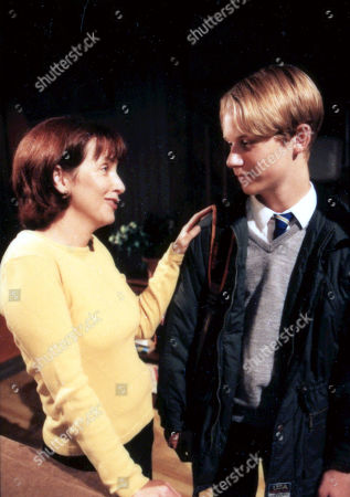 Stock Image of Ep 2756 Tuesday 3rd October 2000 Robert turns to Sarah for help with his GCSE's after Jack refuses to listen to his concerns. With Sarah Sugden, as played by Alyson Spiro, Robert Sugden, as played by Christopher Smith.