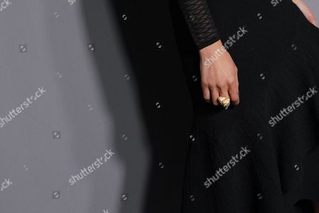 Elizabeth Anweis, hand detail