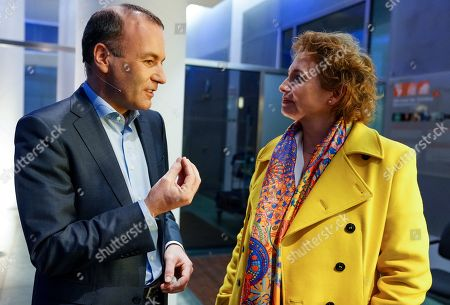 German Manfred Weber (L) of European People?s Party (EPP), candidate for the next president of the European Commission, talks with German top candidate of the Free Democratic Party (FDP), Nicola Beer (R) ahead of a debate in German TV in Berlin, Germany, 16 May 2019. The elections to the European Parliament take place between 23 and 26 May 2019.