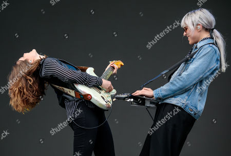 Larkin Poe - Rebecca Lovell and Megan Lovell
