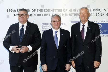 Minister of Foreign Affairs of Finland Timo Soini (L), Foreign Minister of Armenia Zohrab Mnatsakanyan and Secretary General of the Council of Europe Thorbjorn Jagland (R)