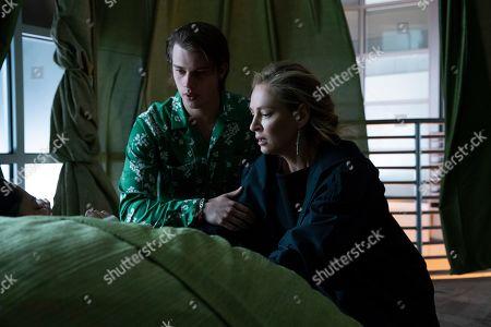 Nicholas Galitzine as Elliott Lefevre and Uma Thurman as Nancy Lefevre