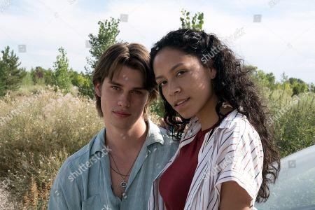 Nicholas Galitzine as Elliott Lefevre and Sivan Alyra Rose as Sasha Yazzie