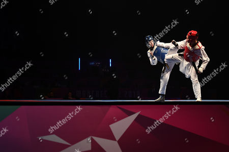 Bianca Walkden of Great Britain and Shuyin Zheng of China during the Womens 73kg Final fight.