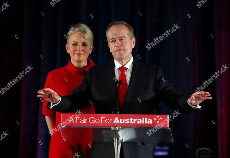 Bill Shorten (R) concedes defeat alongside wife Chloe (L), during the federal Labor Reception on Election Day in Melbourne, Essendon Fields, in Melbourne, Australia, 18 May 2019. Approximately 16.5 million Australians voted in what is tipped to be a tight election, contest between Prime Minister Morrison and Opposition Labor leader Shorten.